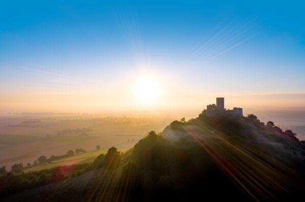 Sonnenaufgang am Desenberg - NEUWARE