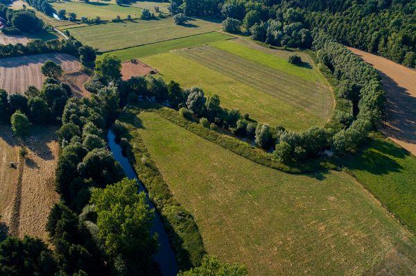 Luftaufnahme vom Diemeltal bei Warburg